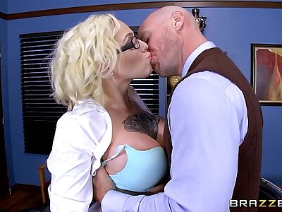 Brazzers - Harlow Harrison - Big Confidential At Tutor