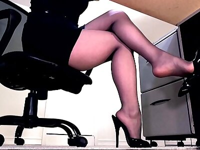 Compilation of secretary legs coupled with masturbation